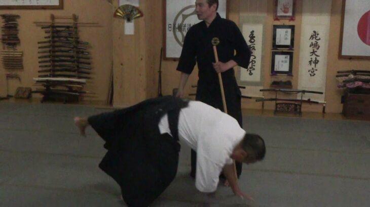 古武道 大東流合気柔術武門8/1(日)手刀技と杖術の基本は同じ。